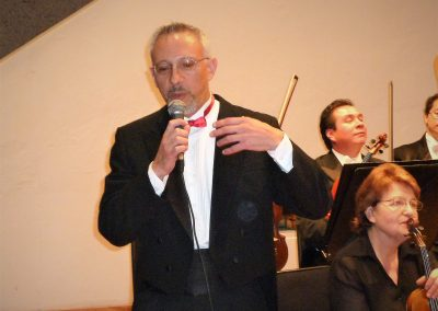 Miguel del Aguila Orquesta sinfonica nacional de Mexico Guillermo Figueroa conductor CONGA performance