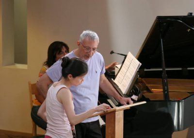 Miguel del Aguila violin Yue Deng Los Angeles California SILENCE premiere