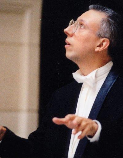 Miguel del Aguila composer conducting